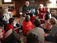 mrs._firth-storybook-reading