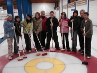 older_adults_share_curling_skills